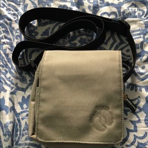 Olive green hang ten crossbody purse